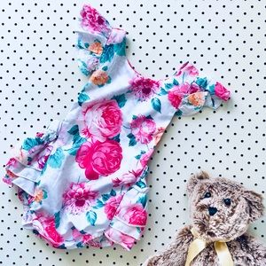 Baby Size 1 Romper, Ruffle Bum and Flutter Sleeves